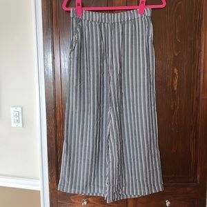 New American eagle outfitters wide leg crop pants